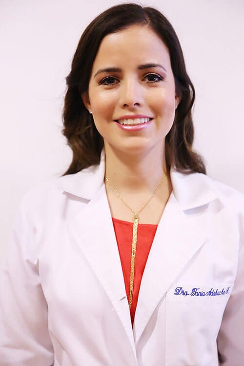 Oftalmólogo en Aguascalientes | Dra. Tania Adabache Guel
